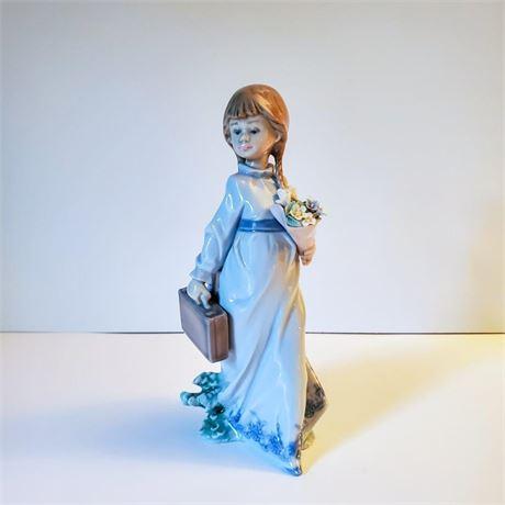 "Lladro Figurine ""School Days"" #7604"