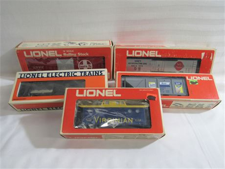 5 Lionel O-Gauge Railroad Cars with Boxes
