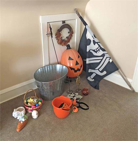 Halloween Decorative Display Lot