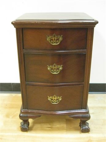 VINTAGE NIGHTSTAND WITH BALL AND CLAW FEET