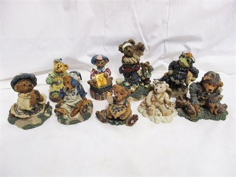 LOT OF 9 MORE BOYDS BEARS AND FRIENDS COLLECTIBLES