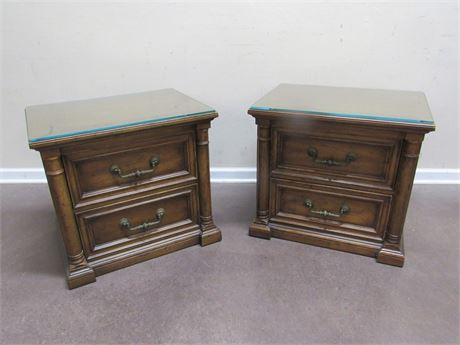 2 HENREDON NIGHTSTANDS WITH PROTECTIVE GLASS TOPS