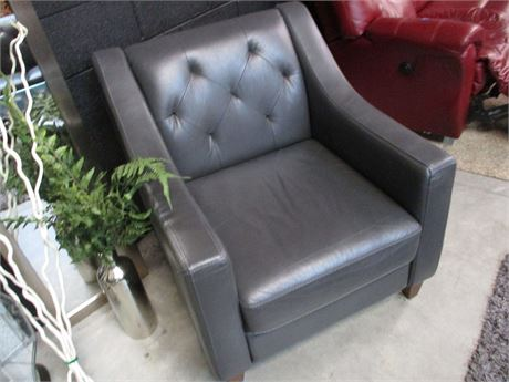 GORGEOUS CHATEAU D'AX GREY VEGAN LEATHER ARM CHAIR