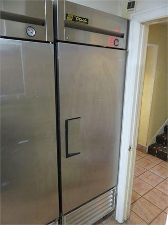 TRUE T-23 Commercial Refrigerator