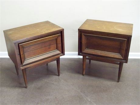 2 MID CENTURY NIGHTSTANDS