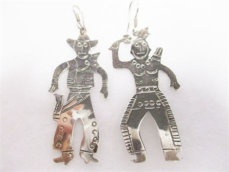 "VINTAGE WHIMSICAL ""COWBOY AND INDIAN"" STERLING SILVER EARRINGS"