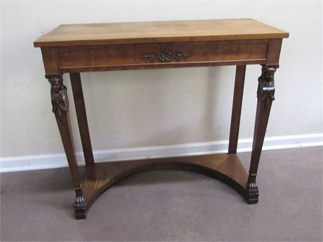 VINTAGE PARLOR/FOYER TABLE