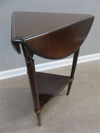 BOMBAY CO. Drop Leaf Accent Table