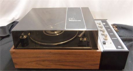Magnavox Turn Table