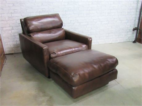 Vintage Reupholstered Mid Century Modern Style Lounge Chair with Ottoman