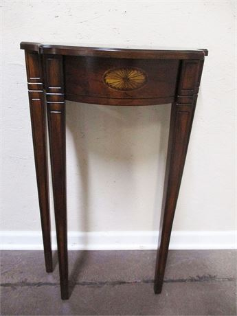 LOVELY DEMILUNE TABLE
