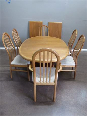 SVA Mobler Mid Century Danish Modern Dining Table with 6 Chairs and 2 Leaves
