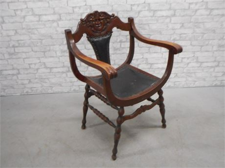 ANTIQUE BARREL STYLE SADDLE SEAT WITH CARVED BACK