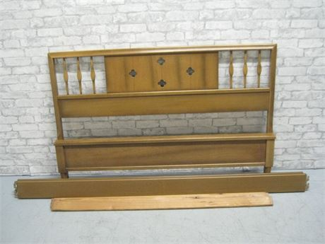 AMERICAN OF MARTINSVILLE FULL SIZE FOOT HEADBOARD AND SIDE RAILS