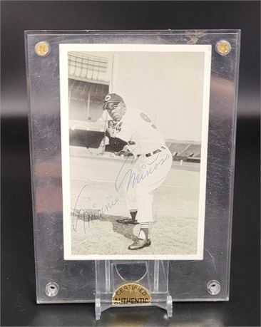 MINNIE MINOSO SIGNED VINTAGE PHOTOGRAPH CLEVELAND INDIANS WHITE SOX