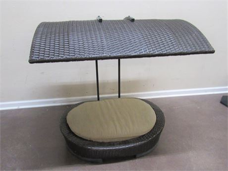 SYNTHETIC WICKER DOG BED WITH CANOPY