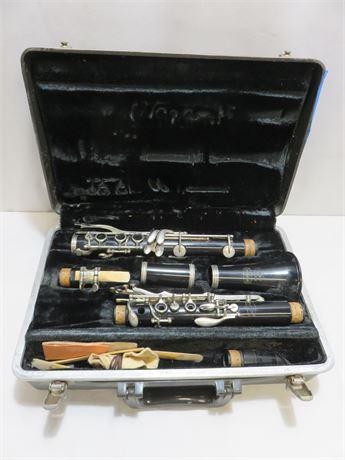 BUNDY Resonite Selmer Clarinet