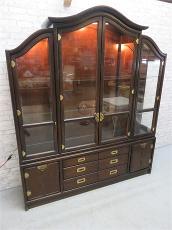 HICKORY MFG. CO. Asian China Hutch