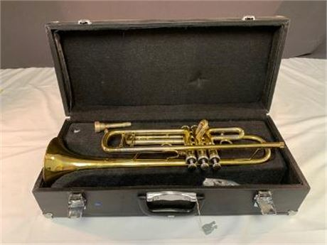 Heim Trumpet in Carrying Case with Keys