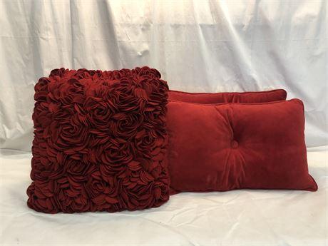 Pier One Pillow Set