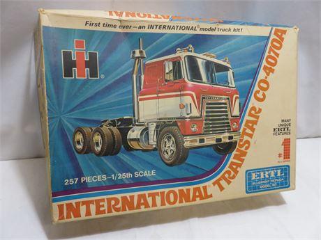 Vintage ERTL International Transtar CO-4070A Truck Model Kit