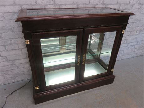 JASPER Lighted Cherry Display Cabinet