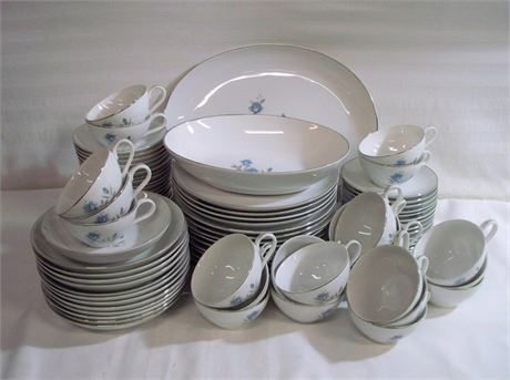 LARGE ROYAL TAUNTON MID CENTURY CHINA DINNERWARE LOT - 88 PIECES