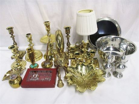 LOT OF METAL DECOR FEATURING BALDWIN BRASS AND STIEFF PEWTER