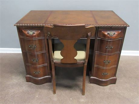 Beautiful Vintage Bow Front Drawer Leather Top Kneehole Desk with Chair