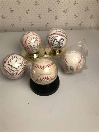 1959 Autographed Cleveland Indians Baseball & More
