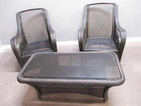 LOT OF WOVEN CHAIRS AND TABLE
