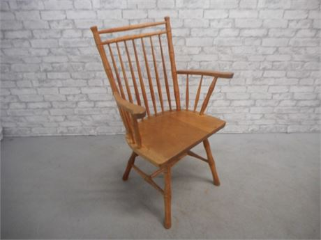 VINTAGE WINDSOR SPINDLE BACK ARM CHAIR