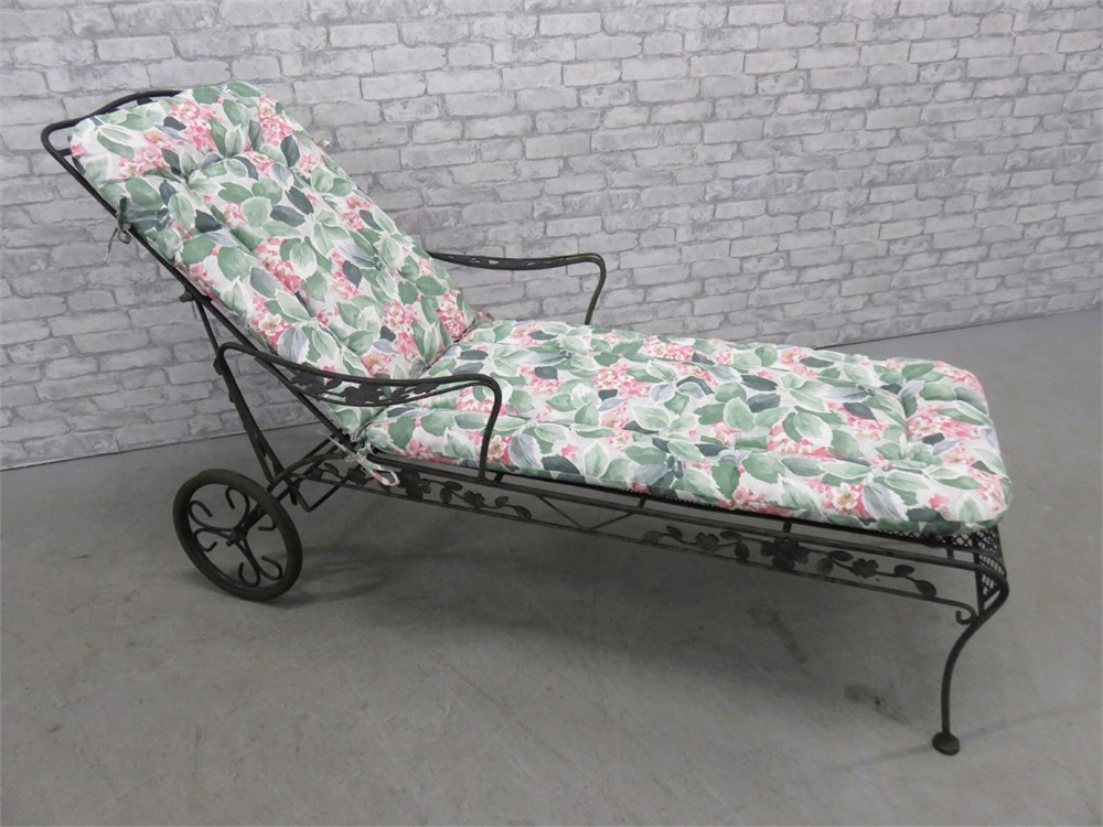 Transitional Design Online Auctions - Wrought Iron Chaise ...