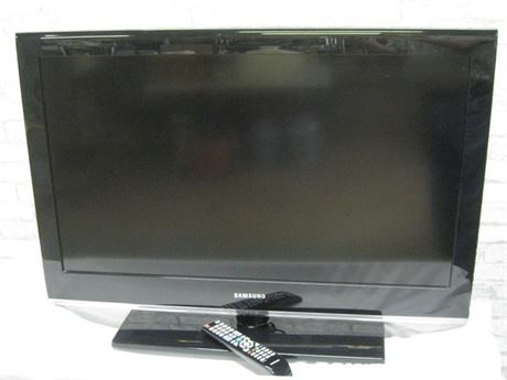 "37"" SAMSUNG FLAT PANEL TV"