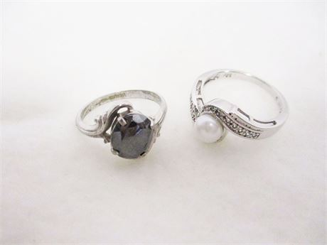 LOT OF 2 RINGS MARKED STERLING AND 925