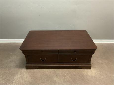 BROYHILL Trunk Style Coffee Table