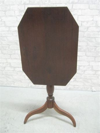 VINTAGE TILT-TOP TABLE